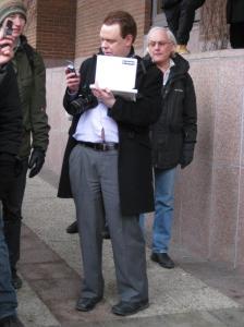 Rick Falkvinge med sina tekniska mackapärer